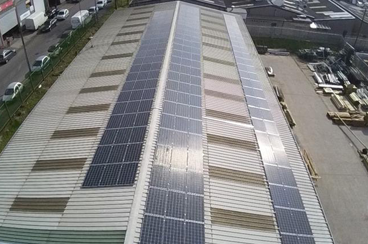 Park Lane Fencing goes green with solar panels